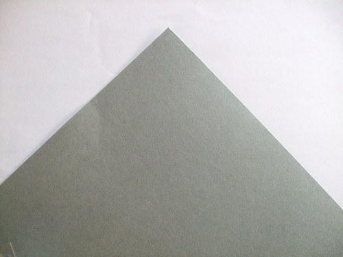 Stříbrný papír matný 300g