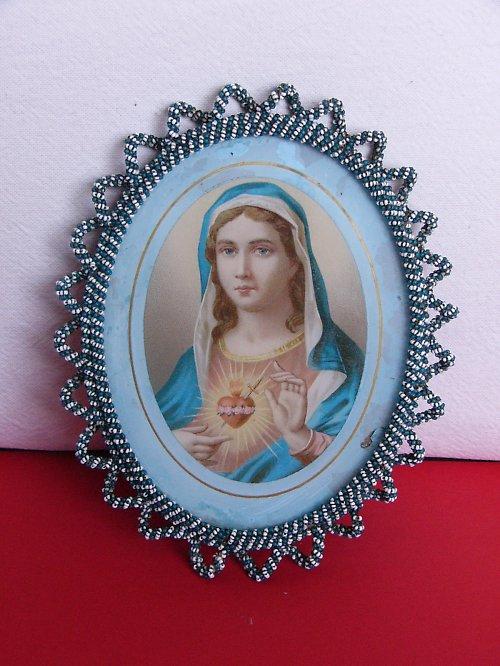 Medailon s Ježíšem nebo Marií