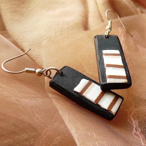 striped náušničky
