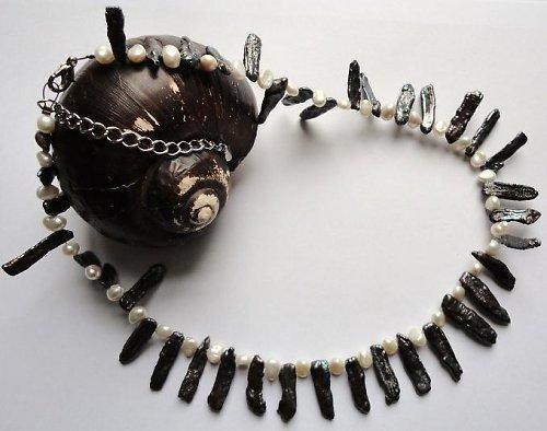 Elegantní náhrdelník z pravých říčních perel