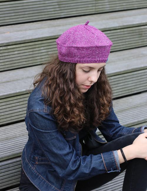 pletený baret č. 455, třpytivý růžový sleva 30%