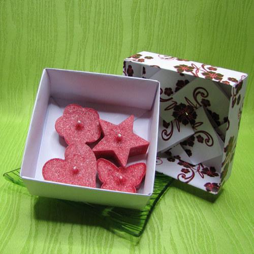 Dárková krabička - svíčky palmové červené