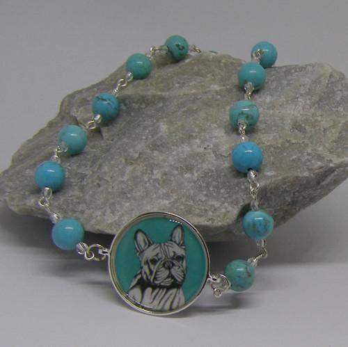 Tyrkysový náhrdelník se psem