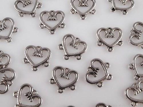 Ramínko srdce 14x15mm 3 očka