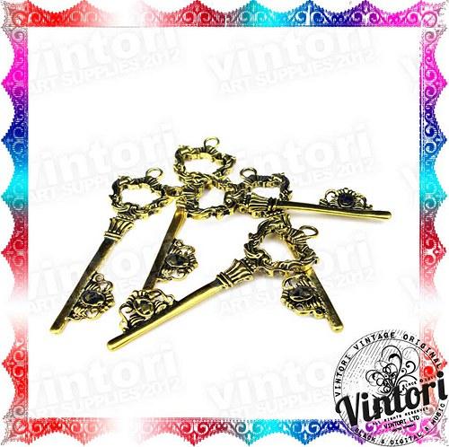 Bronzový přívěsek klíč