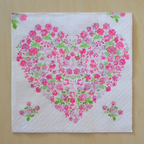 Srdíčko s květy 25 x 25 cm