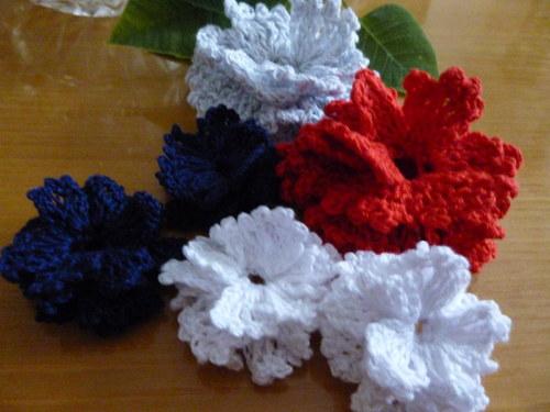 Háčkované květy