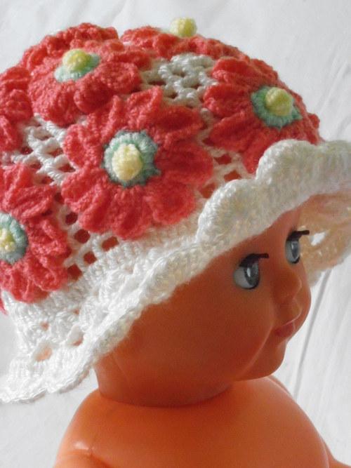 !SLEVA! Rozkvetlý dětský klobouček (1 - 4roky)
