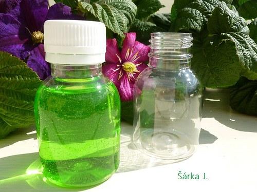 plastová buclatá lahvička s uzávěrem, 60 ml