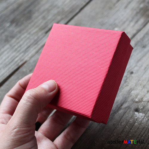 Papírová krabička SOFIA červená L