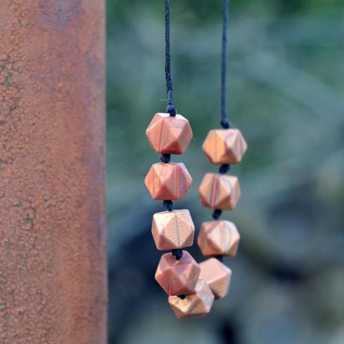 """Bronzový měňavý náhrdelník aneb \""""Nezlobím\"""""""