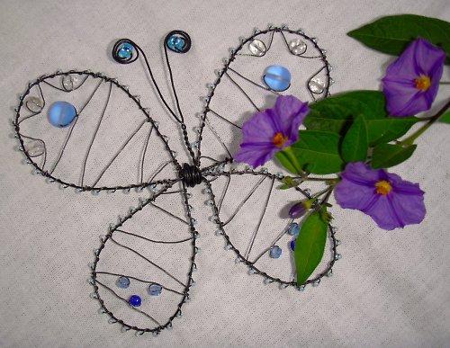 Drátovaný motýl - modrý