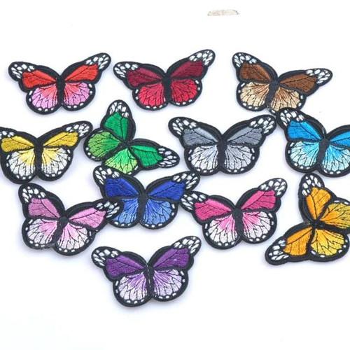 Nažehlovací motýlci 1 kus