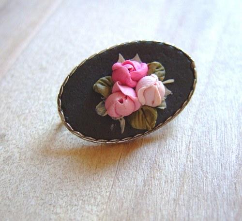 Růžičková brož