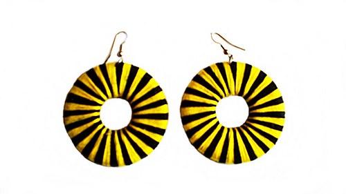 žluto-černé náušnice