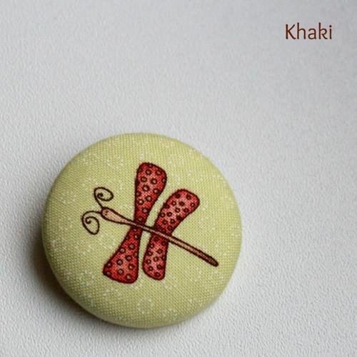 Motýlek - buttonková brož