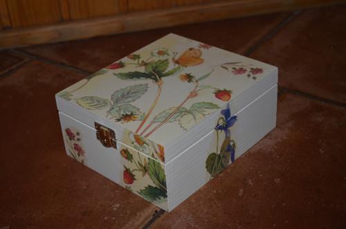 Krabička na čaj - 4 přihrádky - motýlci