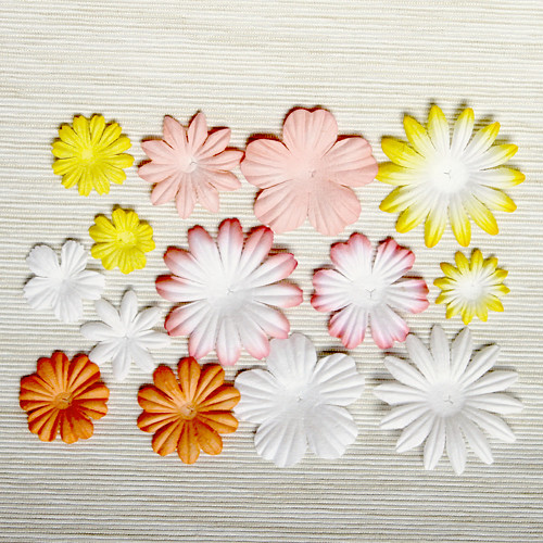 Papírové květy - broskvovo-žluto-bílý mix