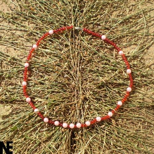 červenorůžové korálky