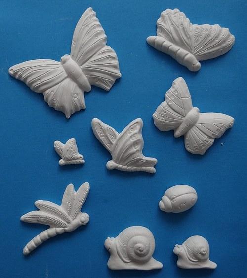 Sádrová dekorace hmyz, motýl, šnek, beruška