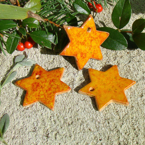 keramické ozdoby - hvězdičky
