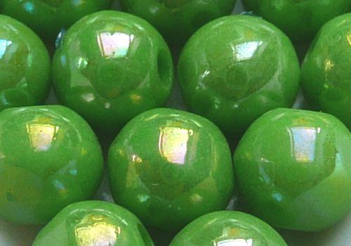 Plastové kuličky duhové 6 mm - sv. zelená / 10 ks