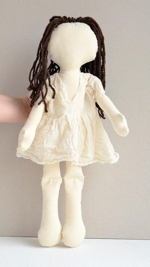 hadrová panenka Brunetka – k pomalování