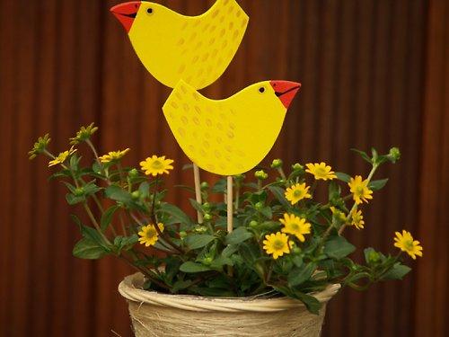 Zápich - ptáček žlutý