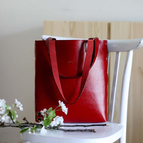 Kožená kabelka Sue (big bag červená)
