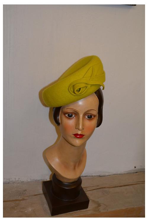Klobouk Ingrid - žlutý