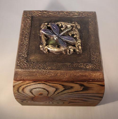 Krabička vážka