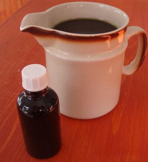 Konopný olej za studena lisovaný