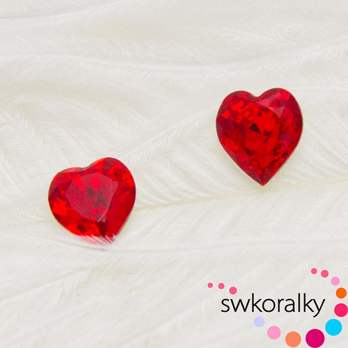 SRDÍČKO 8,8x8 SWAROVSKI ® ELEMENTS light siam ruby