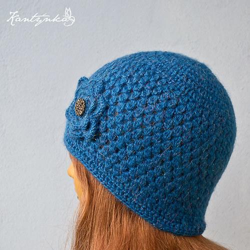 Dámská elegantní čepice