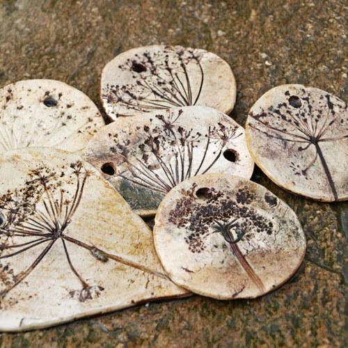 zavěsit pec na dřevo ica kameny uhlí datování