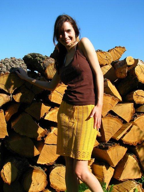 SLEVA 300,-háčkovaná sukně