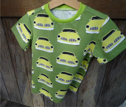 Tričko retro auta v zelené barvě, velikost 104
