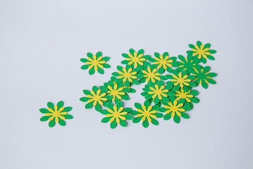 Kytka - zelená - žlutá