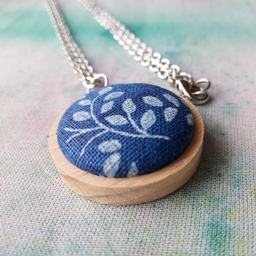 Buttonkový náhrdelník