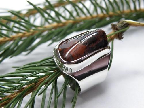 Stříbrný prsten s jaspisem I.