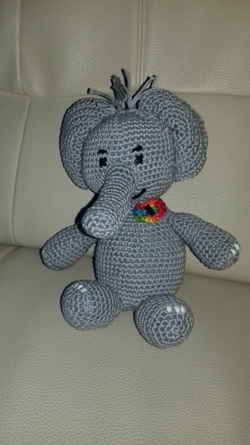 Háčkovaný sloník