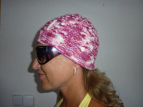 Kuliška - melírovaná copánková čepice