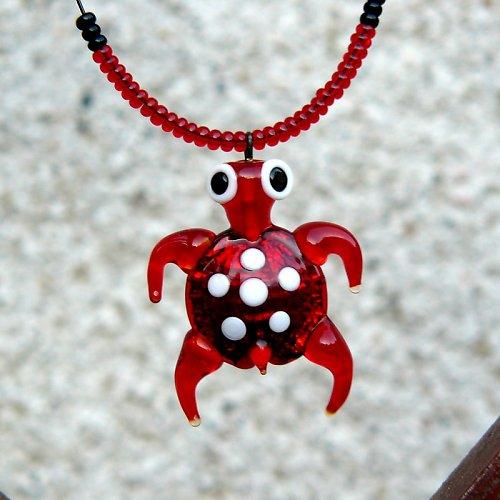 Náhrdelník -  želva červená