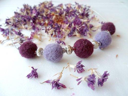 náhrdelník ovčinky do fialova