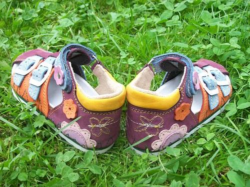 Dětské sandálky Přes špičku (vel. 25-30)