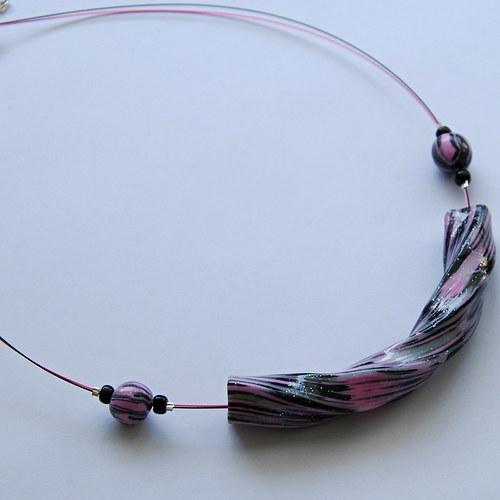 Kroucený náhrdelník