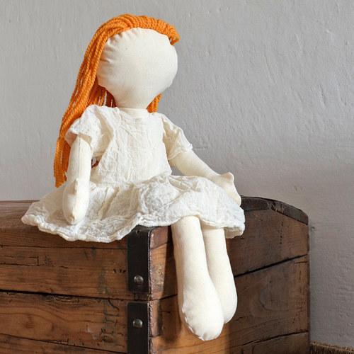 hadrová panenka Rusovláska – k pomalování