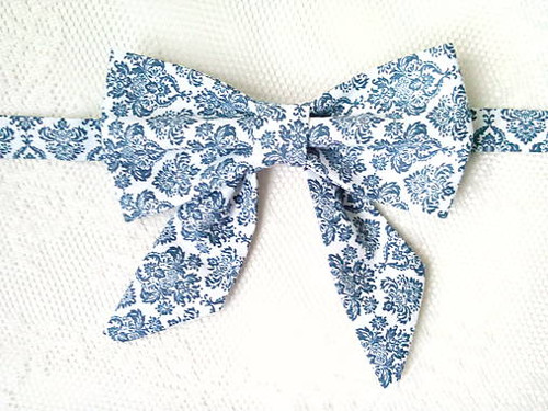 Blue orient bow tie (woman bow tie)