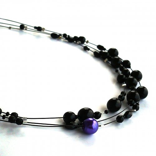 Fialová tečka - třířadý náhrdelník