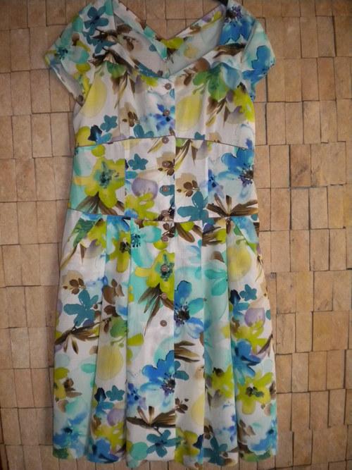 Letní šaty potištěné květinový desén